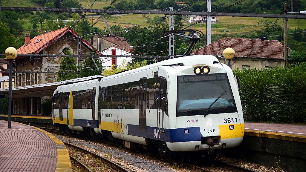 Asturias al tren insta a feve a sacar mucho m s partido a for Horario de trenes feve