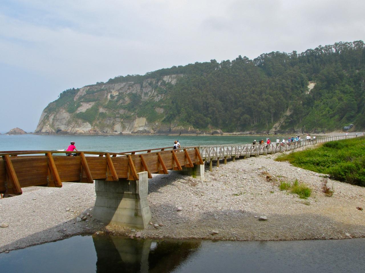 Playa-de-la-Concha-de-Artedo-Carlos-Alonso.jpg